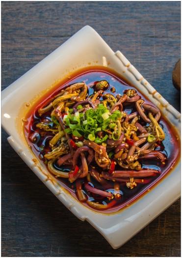 红油山野菜